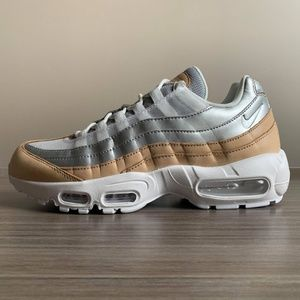 WOMEN'S NIKE AIR MAX 95 PURE PLATINUM 8.5